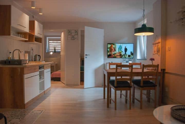 Pokój dzienny małe mieszkanie
